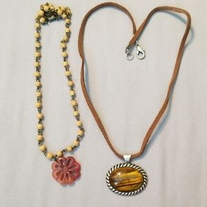 Jewelry - Necklace set